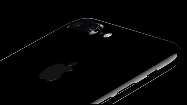 Fotocamera iPhone 7 Plus Jet Black